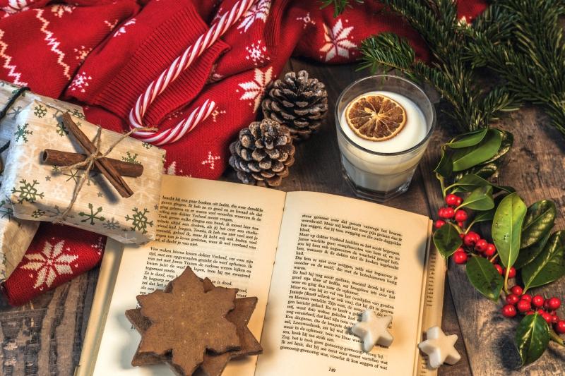 Βιβλίο, το καλύτερο δώρο κι αυτές τις Γιορτές