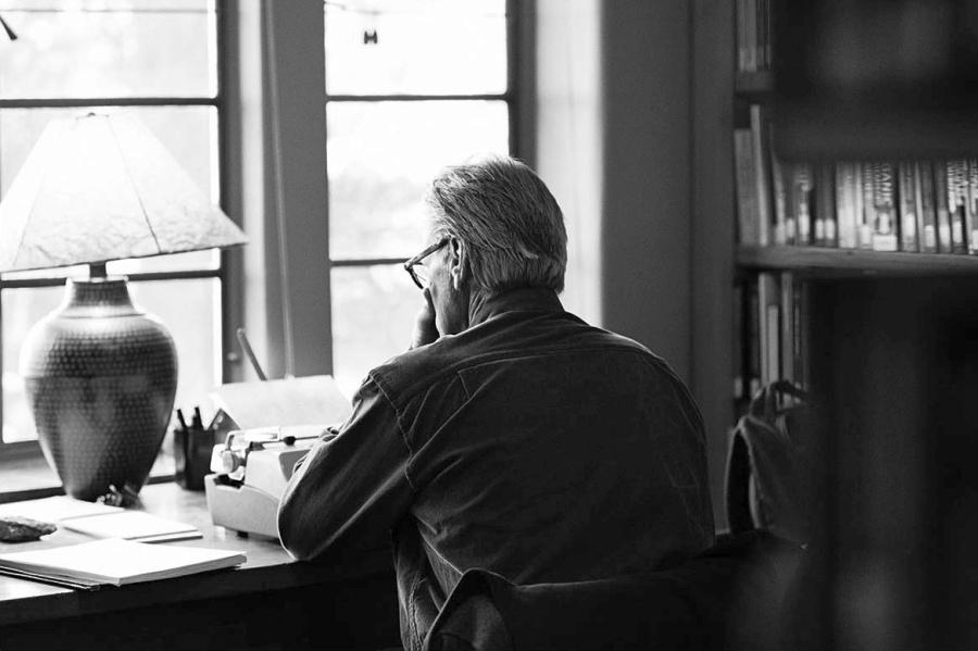 Ο Σαμ Σέπαρντ, περί συγγραφής