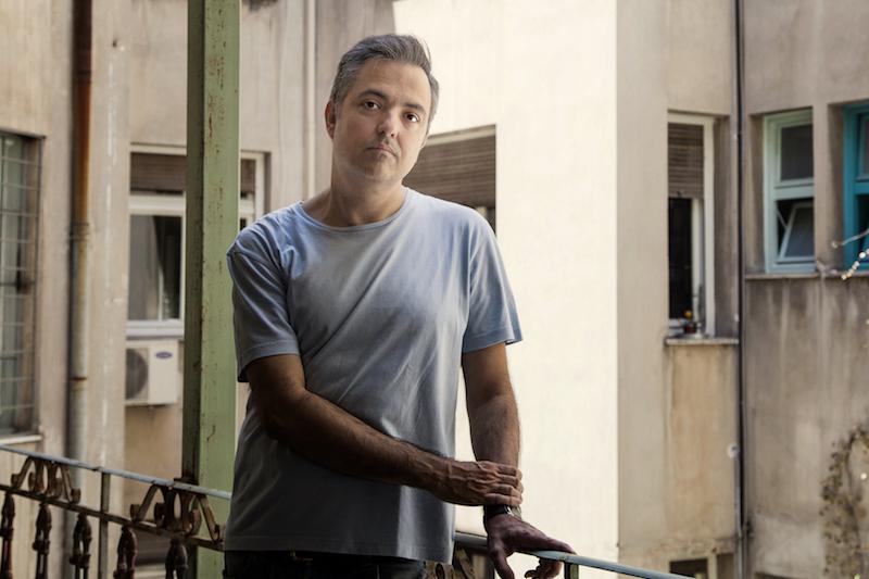 Ηλίας Γιαννακάκης: «Είμαι απολύτως καθορισμένος από τα βιβλία και τις ταινίες»