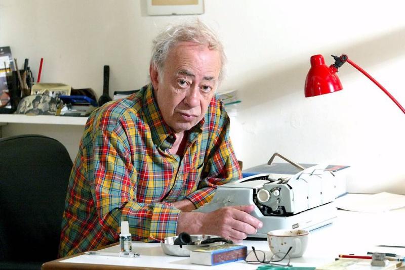 Πέθανε ο αγαπητός σε Ελλάδα και Γαλλία συγγραφέας Βασίλης Αλεξάκης