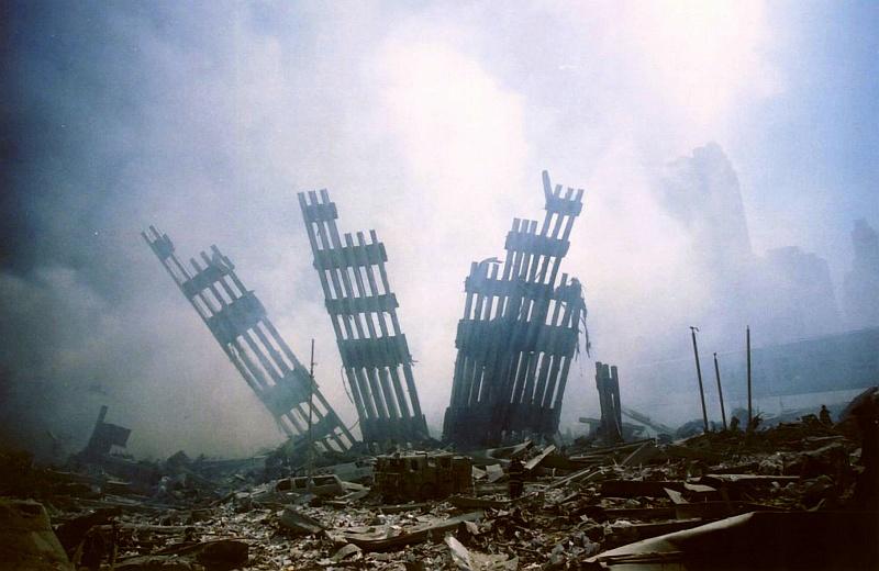 11η Σεπτεμβρίου, 20 χρόνια μετά: 20 βιβλία που μας βοήθησαν να κατανοήσουμε