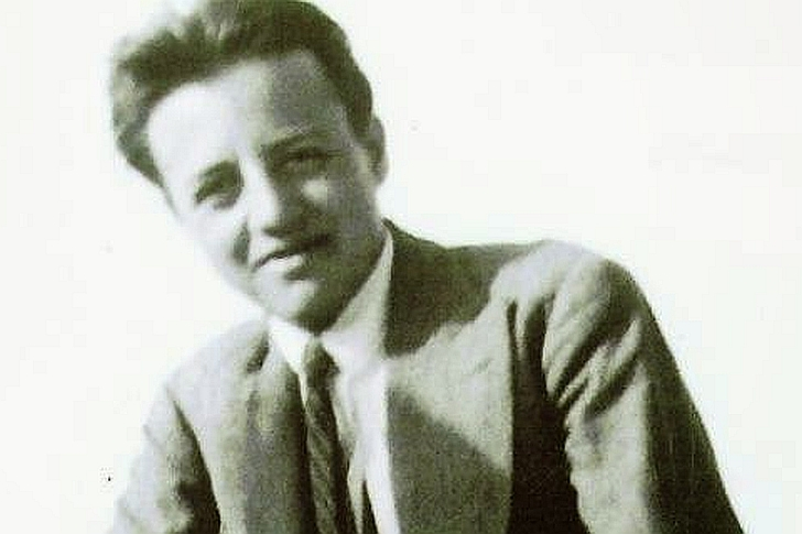 Γιώργος Σαραντάρης: «Δεν είμαστε ποιητές σημαίνει φεύγουμε»