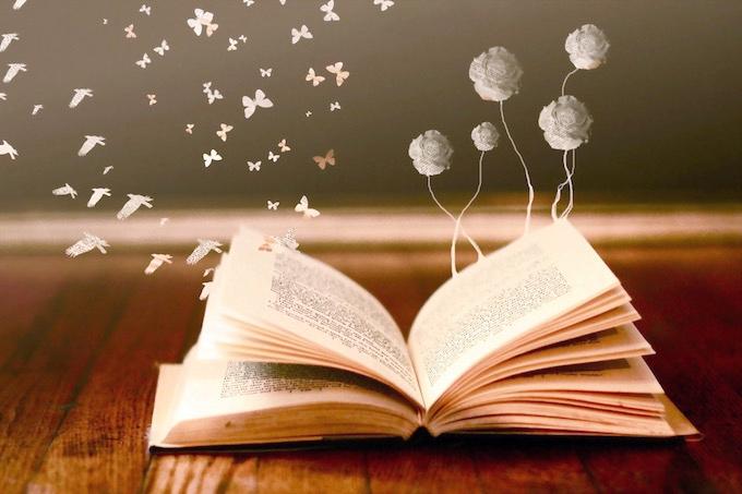 Από τη ζωή στα βιβλία και το αντίστροφο