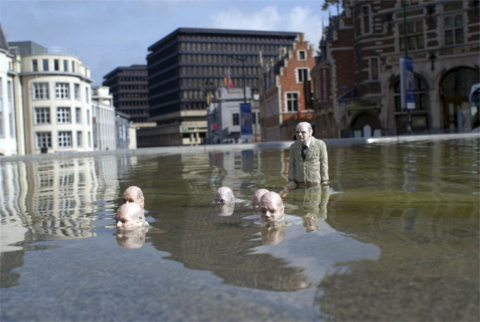Isaac-Cordal Follow-the-leaders Feb12