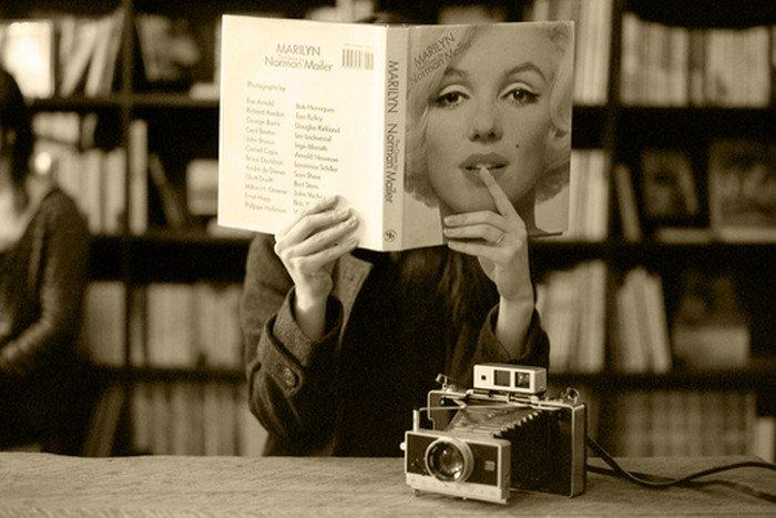 Βιβλιοπαρουσίαση και βιβλιοκριτική: αδελφές ή ανταγωνίστριες;