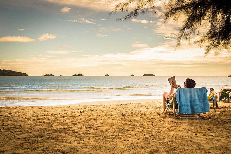 39+1 μυθιστορήματα για ένα μακρύ αναγνωστικό καλοκαίρι