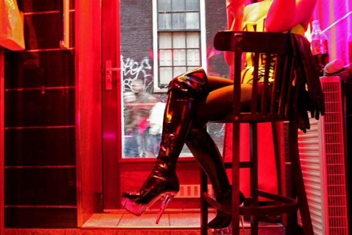 Τα κόκκινα φανάρια του Άμστερνταμ