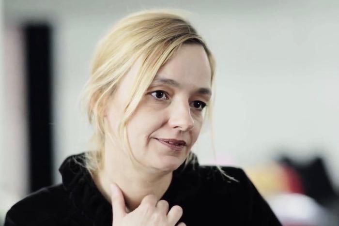 Διαβάζοντας με τη Λένα Κιτσοπούλου