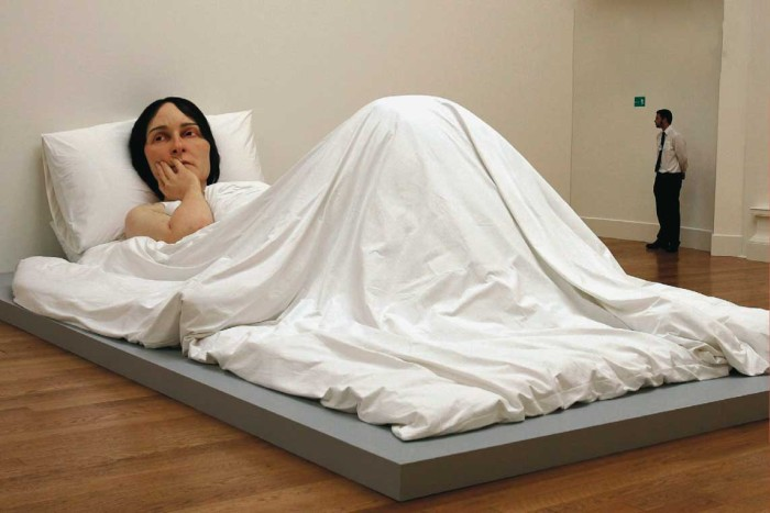 Ron Mueck Lady 700