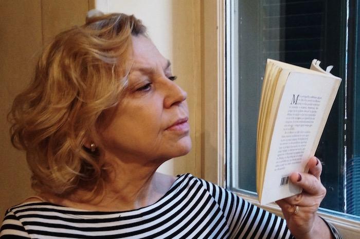Διαβάζοντας με τη Ρουμπίνη Βασιλακοπούλου