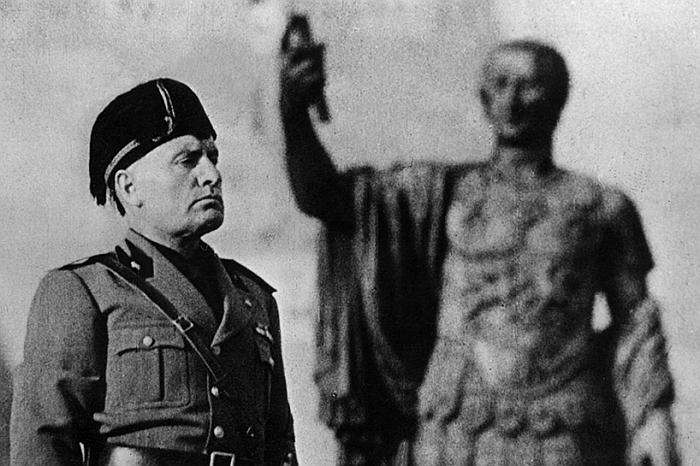 Φασισμός: μια «πολιτική θρησκεία» απέναντι στη δημοκρατία