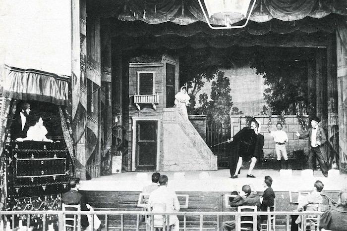 Η «Δούκισσα των Αθηνών» και οι πρωταγωνιστές της