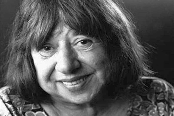 Ανακοίνωση της Εταιρείας Συγγραφέων για τον θάνατο της Κατερίνας Αγγελάκη-Ρουκ