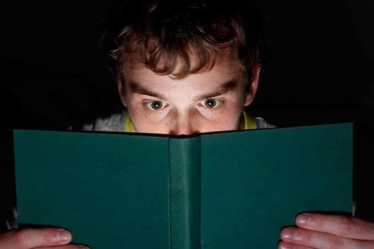 Τρία + 1 χρήσιμα βιβλία για την πανδημία