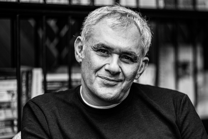 Στέφανος Δάνδολος: «To τίμημα όταν γράφεις Ιστορία είναι η μοναξιά»