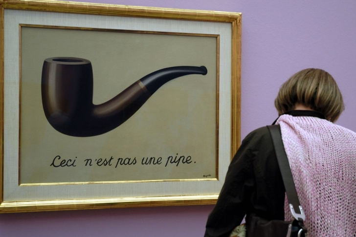 magritte pipe 728